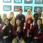 Foto bersama mahasiswa STIEBBANK dan UNY